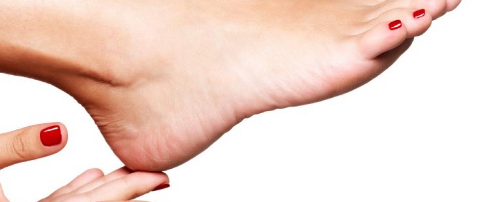 Receita caseira para ter um pé bonito e sem rachaduras