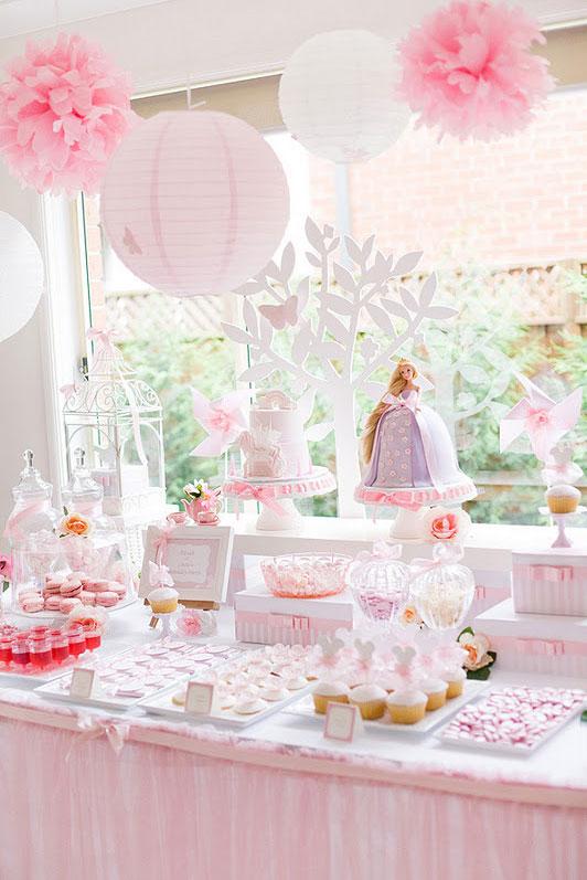 Festa menina boneca