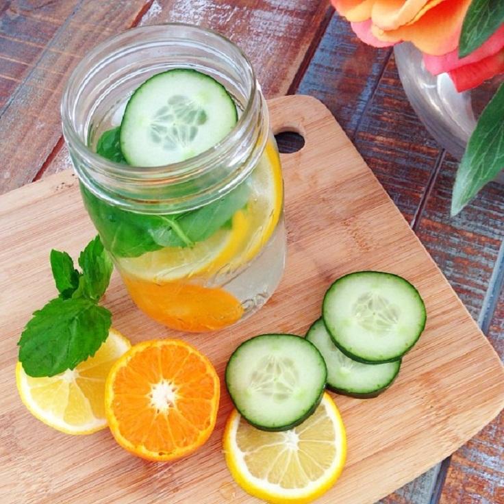 Água Detox com frutas7