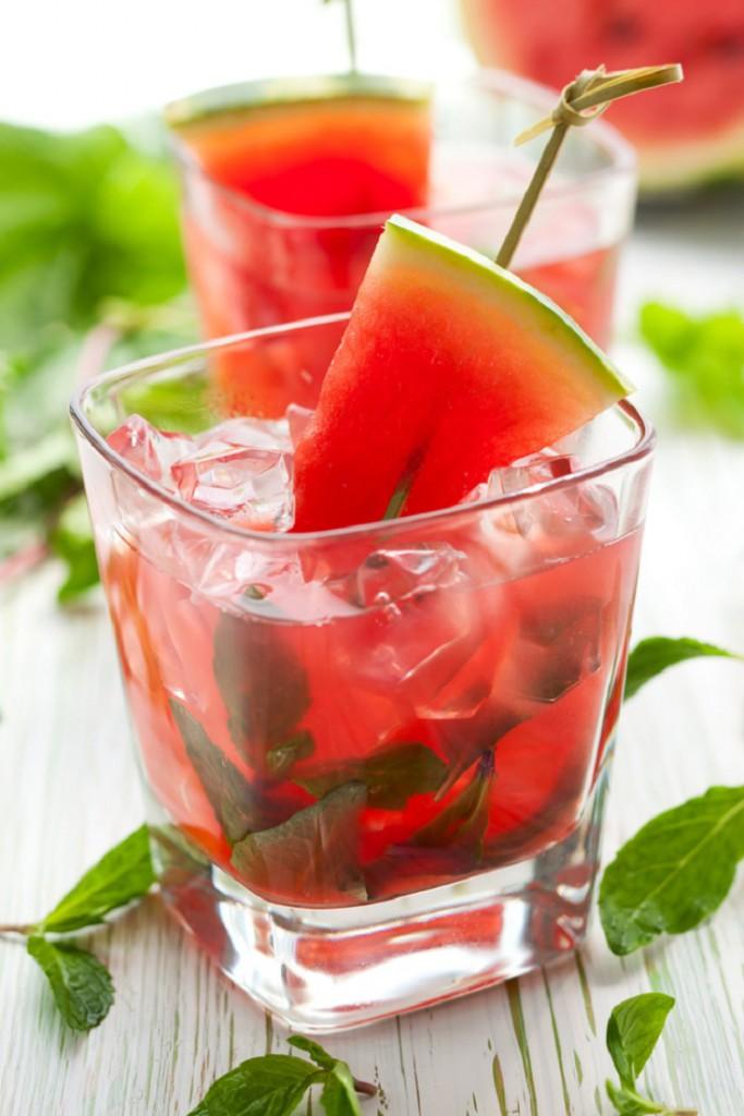 Água Detox com frutas 2