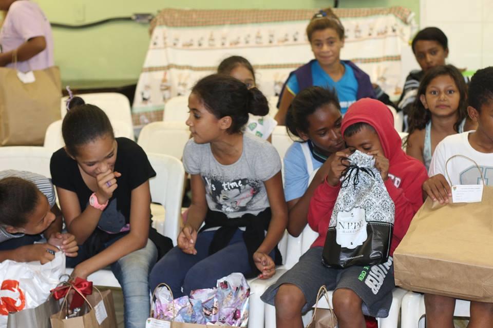 11º Encontro Mães Brasileiras doações de brinquedos