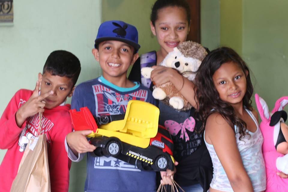 doações de brinquedos maesbrasileiras.com.br13