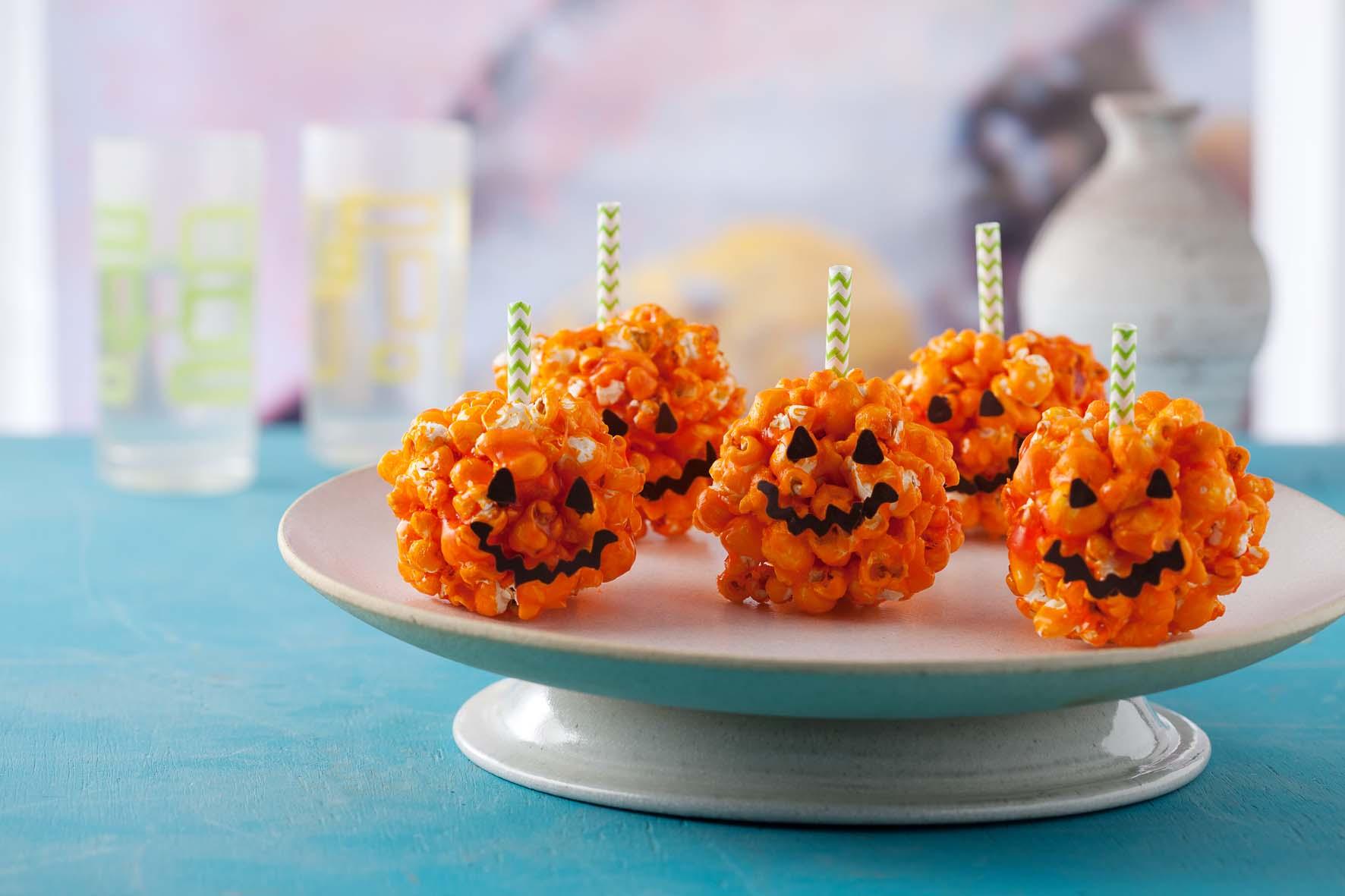 Receita Pirulito de pipoca para o Halloween