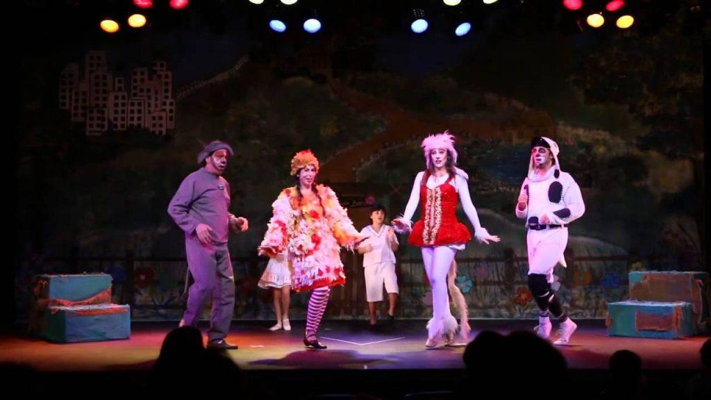 os-saltimbancos-teatro-vannucci
