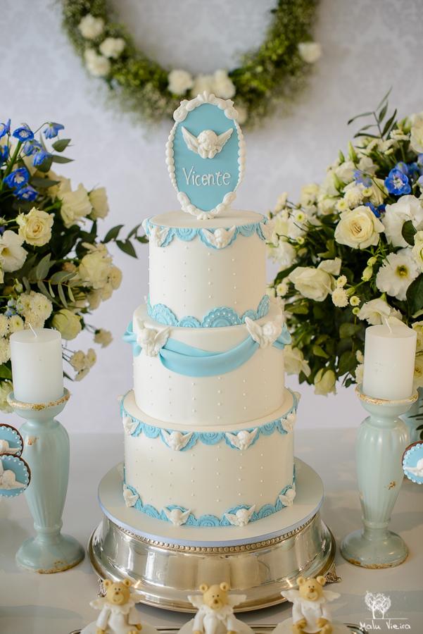 Batizado delicado nas cores azul e branco