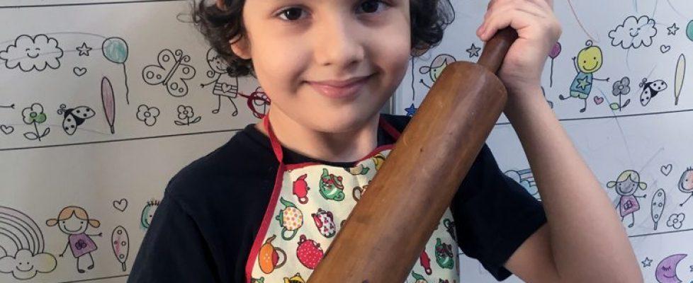 Razoes para Cozinhar com seus filhos Pequenos chefs
