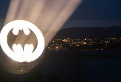 'Bat-sinal' na Avenida Paulista em celebração ao aniversário do Batman
